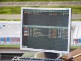 Monitor an meinem Arbeitsplatz