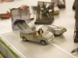 Ausrangiertes Fahrzeug mit Tragfläche