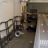 die Metallgestelle für den Schatten-Flughafen