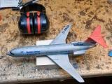 ausgemustertes Flugzeugmodell